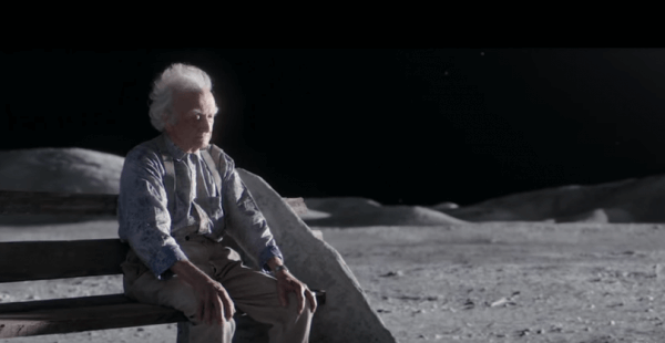 "Pubblicità di Natale – John Lewis ""Man on the Moon"""